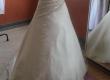 Lot de robes de mariées