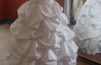 Lot de robes de mariées