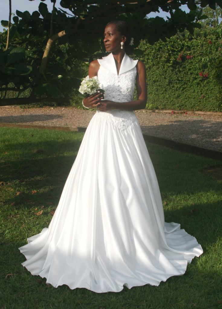 ... location de robes de mariée  Petites annonces gratuites au Cameroun
