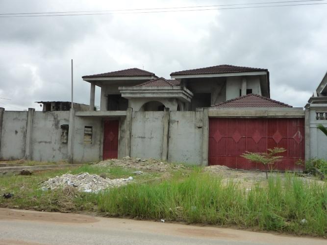 Saisie De Banque Villa Duplex De 10 Pi Ces Inachev E Ii