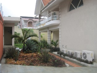Les Maisons A Vendre A Abidjan Cocody Cote D Ivoire
