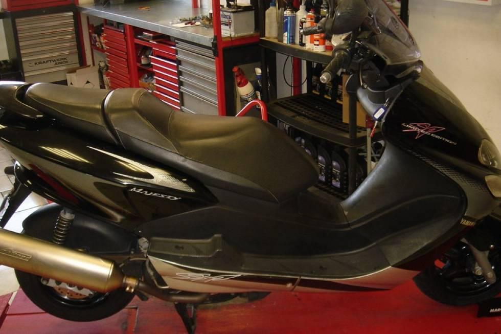 vente de motos scooters boosters routi res cross petites annonces gratuites en cote d 39 ivoire. Black Bedroom Furniture Sets. Home Design Ideas