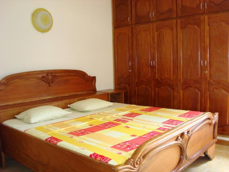 studio a louer abidjan yopougon cite c i e petites annonces gratuites en cote d 39 ivoire. Black Bedroom Furniture Sets. Home Design Ideas