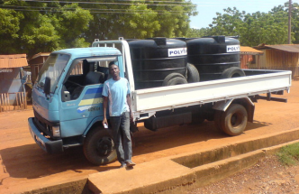 KIA truck for sale, year 2010, price GHC 13,000