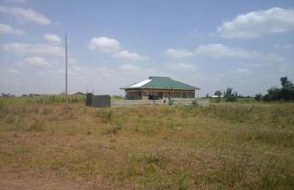 few plots remaining in the growing Ruiru, Murera block 2 estate.