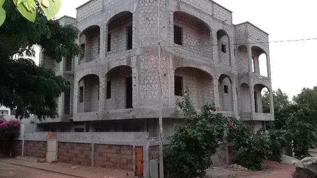 Immeuble a vendre dakar nord foire petites annonces for Achat maison senegal