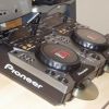 2x pioneer cdj400 + DJM400 Mixer + coffin case + headphones(LIMITED EDITION)