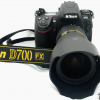 Nikon D700 Digital SLR 18-200mm VR Mk II Lens Kit..R10,500
